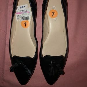 Brand New Womens Nine West Flat Shoes 7